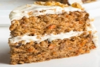 Carrot cake with cream cheese whole